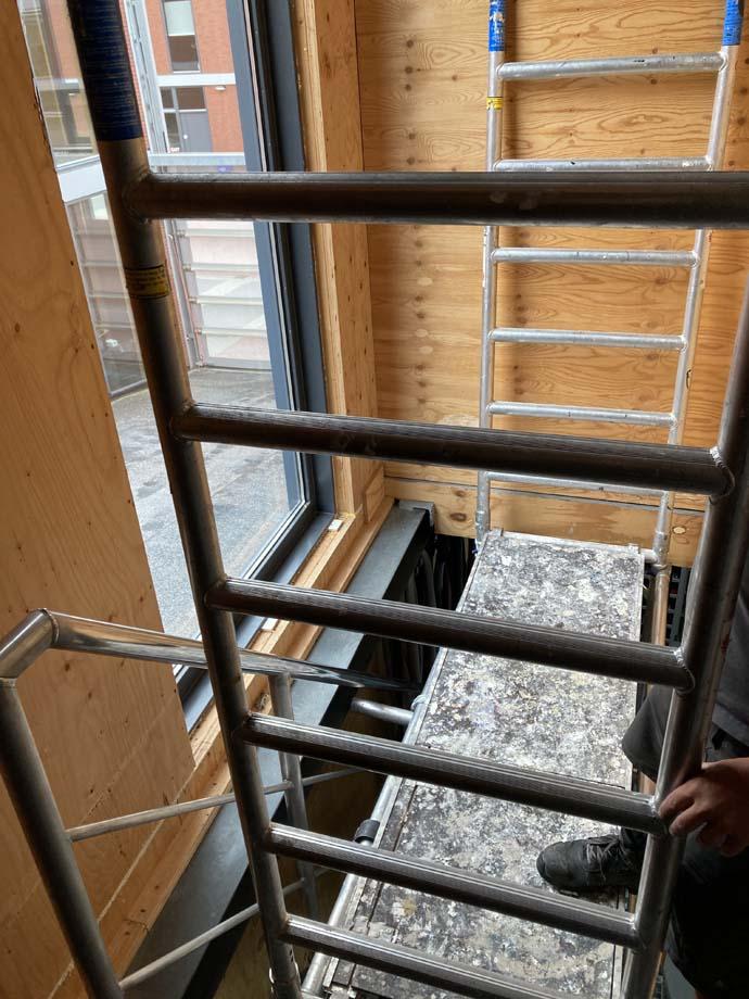 Opbouw instructies trapgatsteiger trapsteiger huren in Utrecht